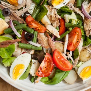 Ultimate Salad Niçoise (James Villas)