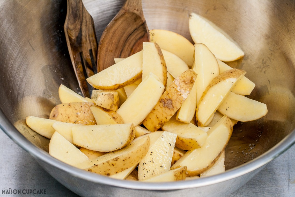 How to Make Combi Microwave Potato Wedges