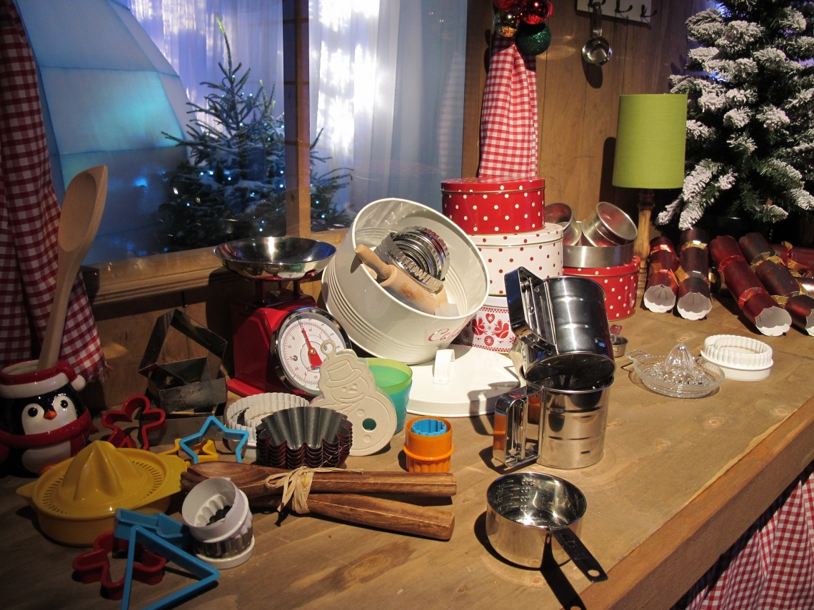 Christmassy display of bakeware