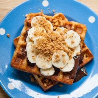 Make these Belgian speculoos waffles with banana and chocolate for a fun weekend breakfast or dessert - ready in under ten minutes and a gluten free recipe too.